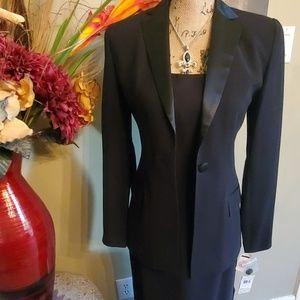 TRIO New York 2 piece Tuxedo Blazer & Gown, Size 4
